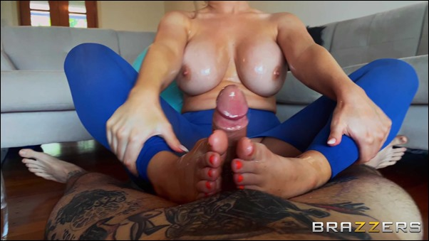 brazzers-savannah-bond-13